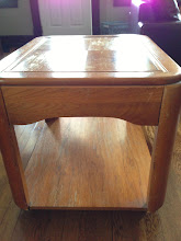 Photo: $5 SOLID, Sturdy End table. Can take a lot of weight