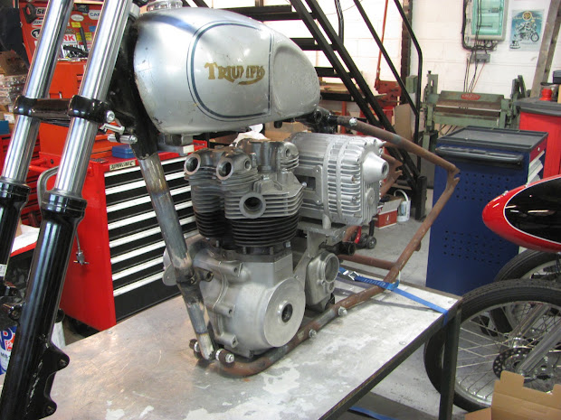 View general on the left side of the pré-unit Triumph with Roots Blower.