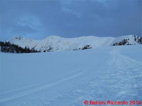 Photo: Ric_IMG_2887 cresta sopra Malga Mason ancora al buio, dal pianoro 2142