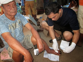 Photo: Most residents had wounds that needed immediate medical attention