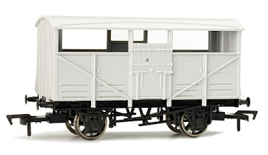 Photo: A010 Unpainted Cattle Wagon