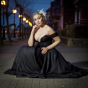 by Jo Darlington - People Portraits of Women