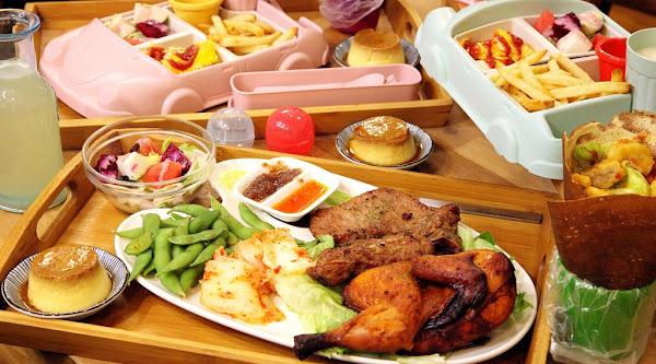 台南美食-Relax Brunch-輕鬆點~大人小孩可以同樂的創意扭蛋兒童餐&飽到不要不要黑岩盤雙拼排餐