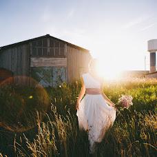 Wedding photographer Alina Kamenskikh (AlinaKam). Photo of 19.02.2014