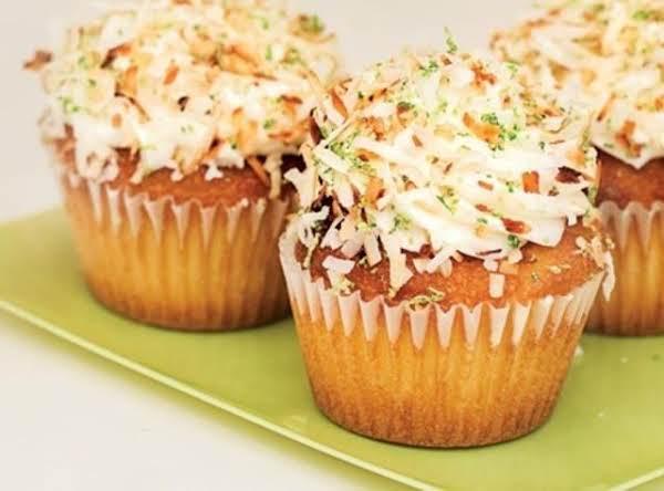 Robicelli's Coquito Cupcake Recipe