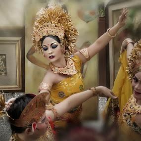 dancer  by Ruly Wardana - People Portraits of Women