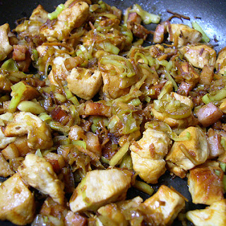 Sautéed Chicken with Leeks and Bacon.