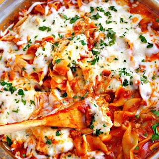 Easy & Cheesy Skillet Lasagna