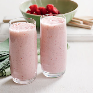 Raspberry, Banana & Chia Smoothies