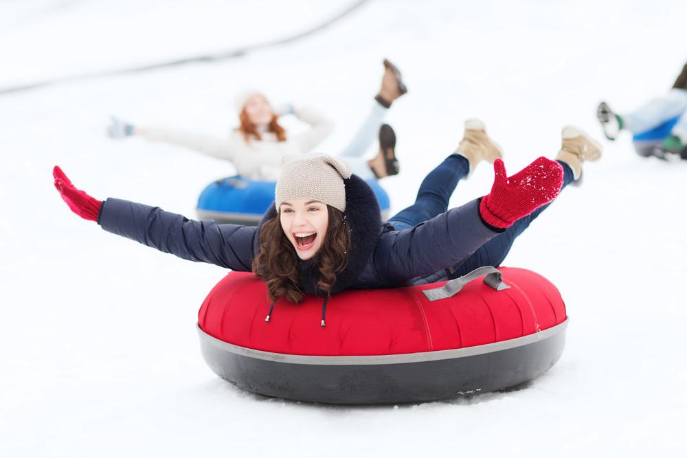 Sự phấn khích mà chiếc ván trượt bơm hơi mang lại không kém gì những môn trượt tuyết khác