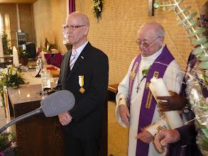 Photo: Wim Verwey met zijn pauselijke onderscheiding