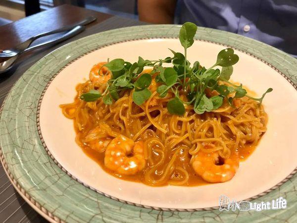 【高雄】LA.ONE Cafe~義料與早午餐 蔬菜海鮮肉類均衡三重奏~ @ 費小娜Light Life