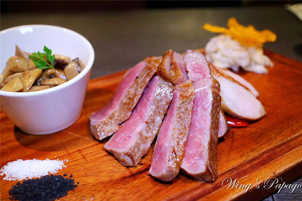 osteria-Rossa-紅點熟成肉餐廳。台北東區一吃上癮的日義熟成美味/餐酒館/牛肋眼/香草豬/義式料理體驗/忠孝敦化站美食。
