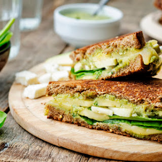 Avocado Sandwich With Lemon and Cilantro