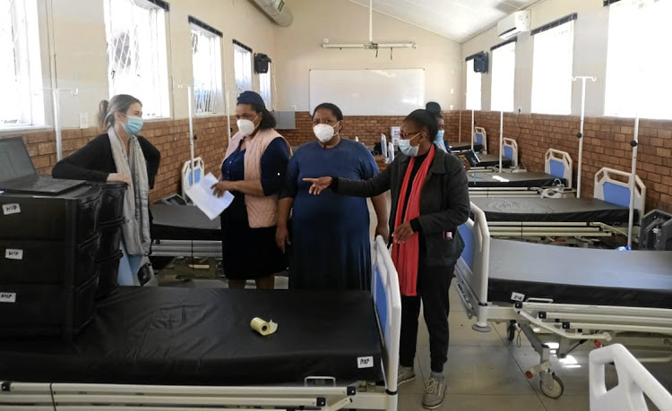 MSF and Butterworth Hospital officials prepare a field hospital for Covid-19 patients in the Eastern Cape town.
