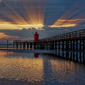 Sun lighthouse by Michaela Firešová - Buildings & Architecture Bridges & Suspended Structures ( lighthouse, seaside, sunrise,  )