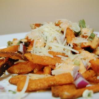 Sweet Potato Fries with Sriracha Cream Sauce