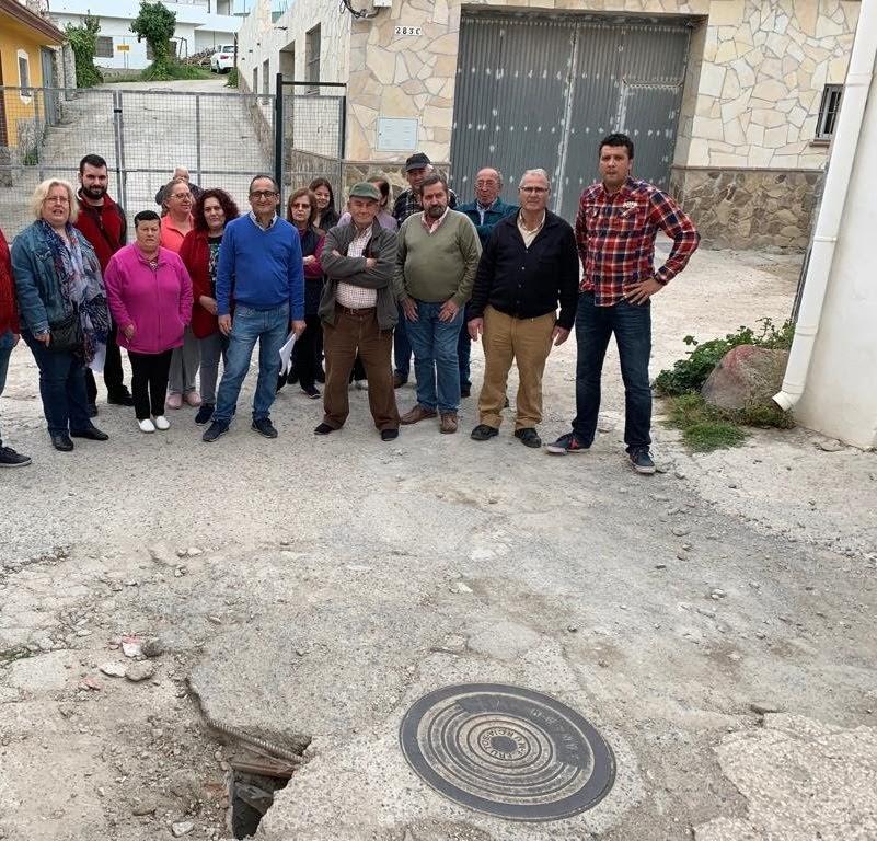 Entre todos Andalucía Por Sí apoya a los vecinos del Cobre y exige soluciones al deterioro de la barriada
