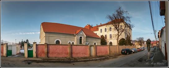 Photo: Str. Dr. Ioan Ratiu, Nr.111 - Colegiul Mihai Viteazul,  exterior, vedere de pe Str. Horea  - 2017.01.26