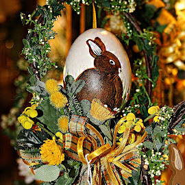 Easter rabbit by Gérard CHATENET - Public Holidays Easter