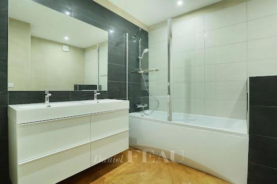 Location appartement 5 pièces 180 m2