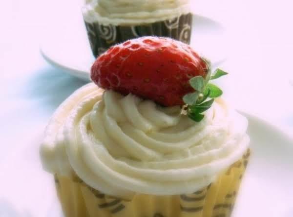 Strawberry Banana Cupcake W/orange Blossom Banana Frosting Recipe