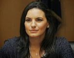 Photo: Όλγα Κεφαλογιάννη (Πιθηκάνθρωπος, Κρόνια-Nephilim, νομικός, πολιτικός με τη Νέα Δημοκρατία). Δείτε επίσης: http://www.dionisos12.com/mysteria/kronia-gene/erpetanthropoi