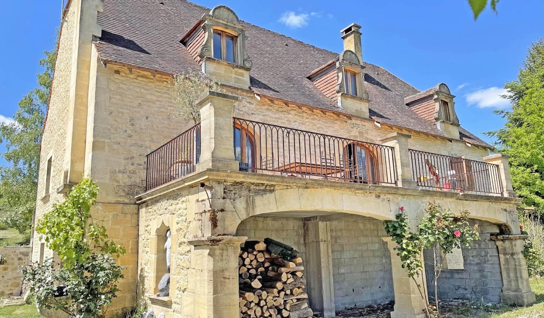 Maison avec terrasse Rouffignac-Saint-Cernin-de-Reilhac