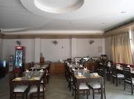 The Royal - Restaurant And Bar photo 6