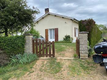 villa à Alloue (16)