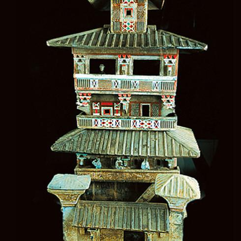 Bir pagodanın seramikten mimari modeli, Han dönemi