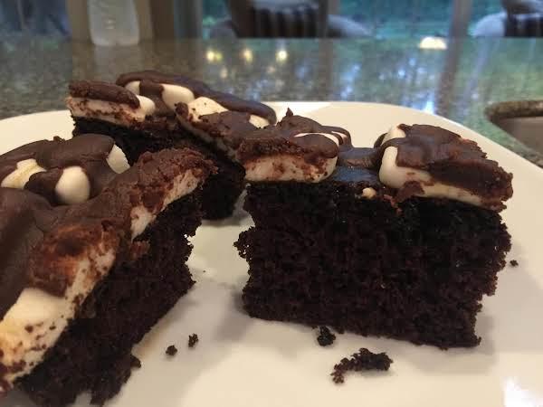 Chocolate Marshmallow Cake With Ganache