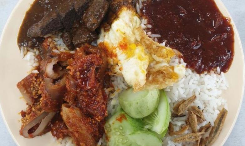 nasi lemak wanjo, 5 menu makanan Malaysia, nasi lemak sedap Kuala Lumpur