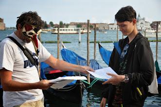 Photo: Předávání vysvědčení za školní rok 2012/2013 před Dóžecím palácem v Benátkách v rámci cesty do severní Itálie.