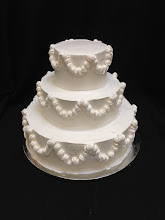 Photo: Simple wedding cake: totally smooth traditional piping around sides only. No top & bottom borders.