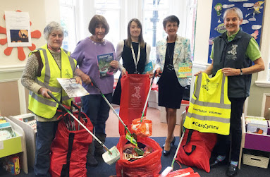 Litter hub for Welshpool