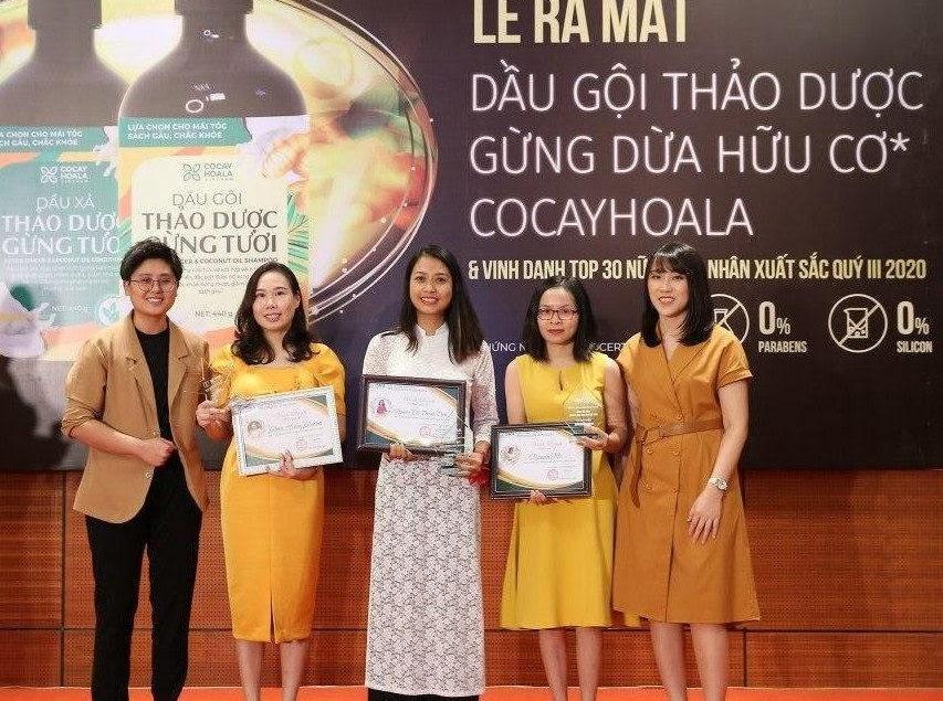 """ONA Global tưng bừng tổ chức Lễ vinh danh """"Top 30 nữ doanh nhân xuất sắc nhất của quý III năm 2020"""" - Ảnh 1"""