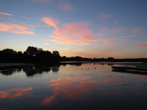 Photo: 15 Jul 13 Priorslee Lake: Now some colour in the sky. (Ed Wilson)