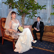 Wedding photographer Oleksandr Revenok (Sanela). Photo of 04.12.2014