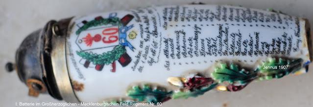 Photo: I. Batterie im Großherzoglichen - Mecklenburgischen Feld Regiment Nr. 60  historischer Tabakpfeifenkopf aus Keramik / Hartporzellan an einer Gesteckpfeife