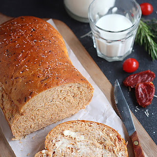 Sun-Dried Tomato Cheese Bread.