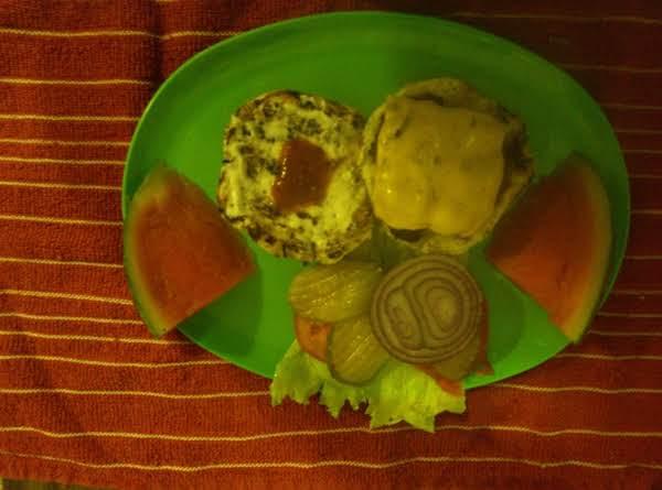 Traditional Cheeseburger