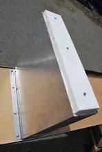 Photo: Sing Core's honeycomb aluminum clad bench leg