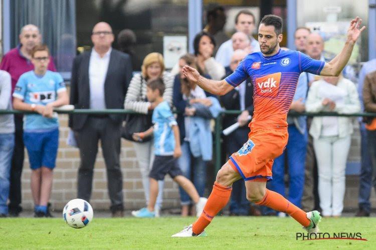 UPDATE: OFFICIEEL: AA Gent laat voormalig recordtransfer vertrekken naar tegenstander uit de Europa League