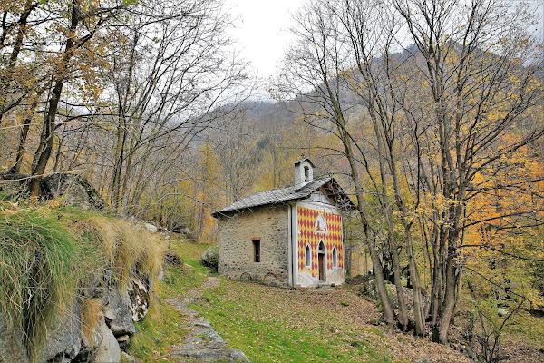 La chiesa del borgo di ScrofaniRosaria