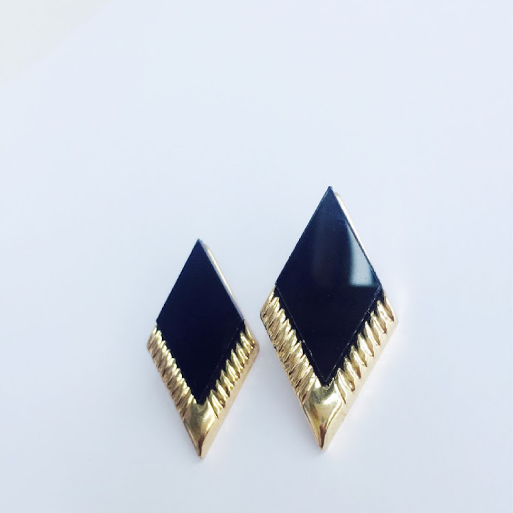 E004 - B. Miss Sassy Earrings