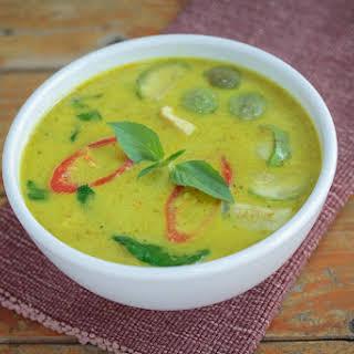 Super Simple Soup Maker Thai Vegetable Curry.