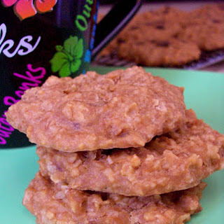 Peanut Butter Banana Oat Breakfast Cookies with Carob / Chocolate Chips Recipe