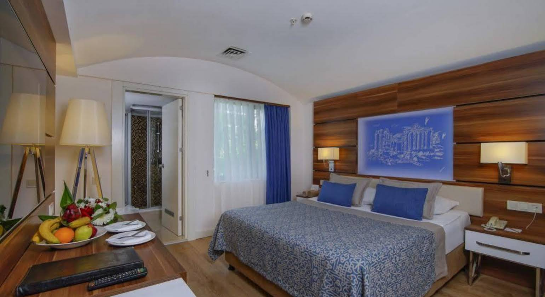 Limak Atlantis Deluxe Resort & Hotel