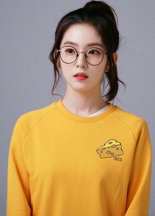 irene glasses 1